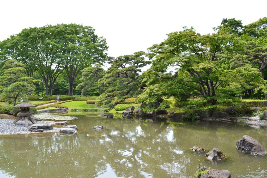 L'étang du jardin oriental du Palais Impérial de Tokyo
