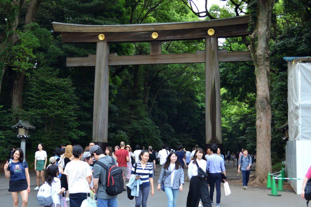 Le tori de l'entrée du Meiji-jingu Gyoen - blog juste-ici.fr -blog de voyage