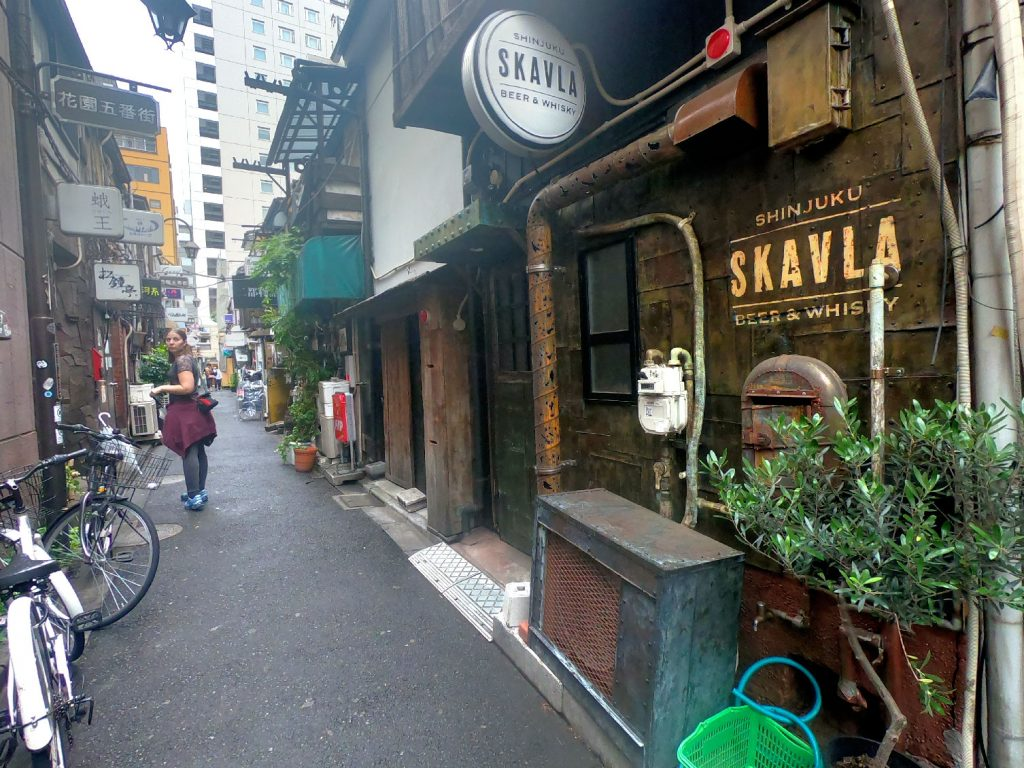 Les petits Izakaya (restaurant) de la Golden Gai de Shinjuku