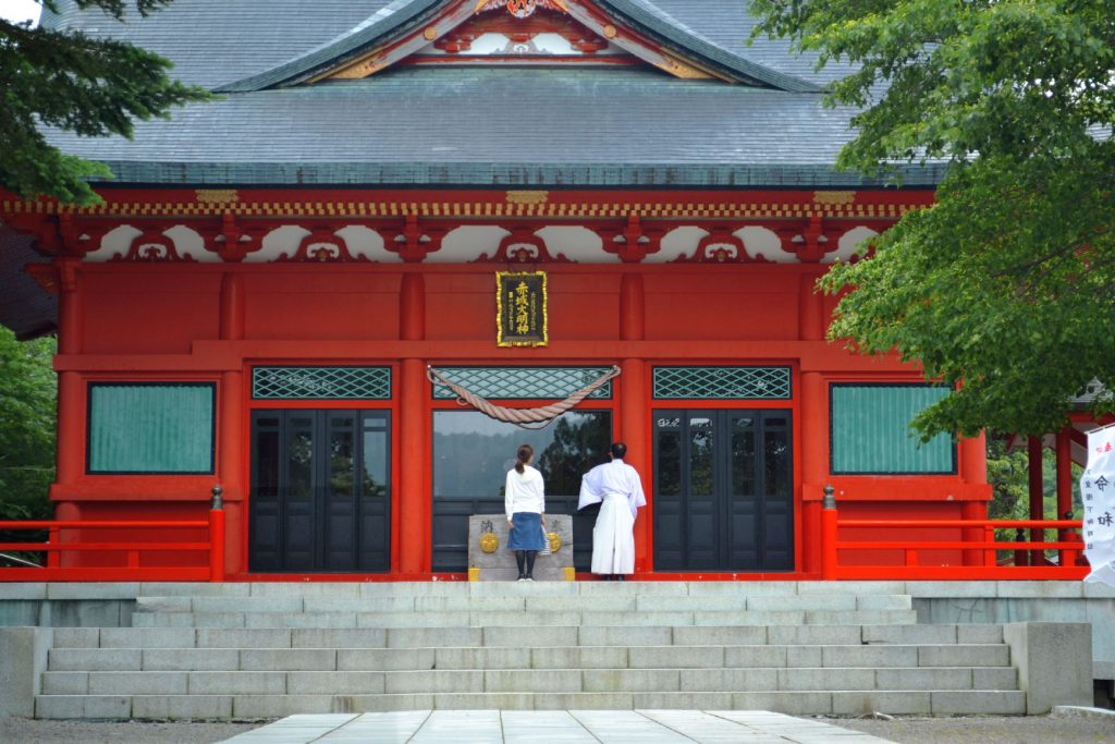 Le temple du lac Onuma