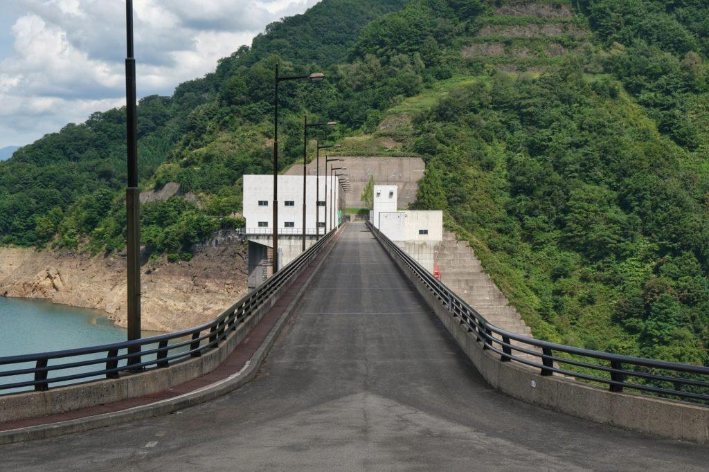 Le barrage Tamagawa