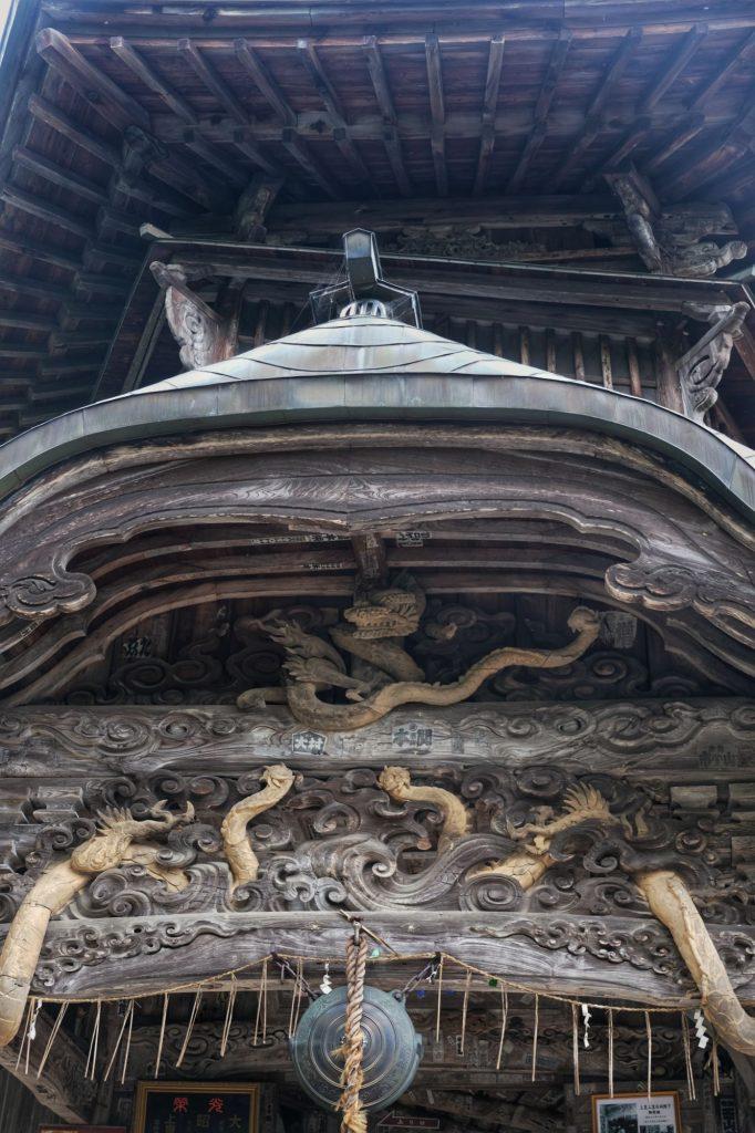 L'entrée du temple Sazaedo
