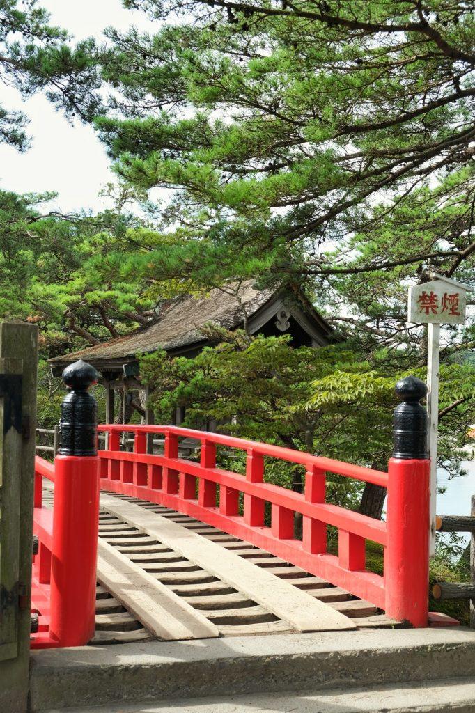 Le pont du temple Godaido
