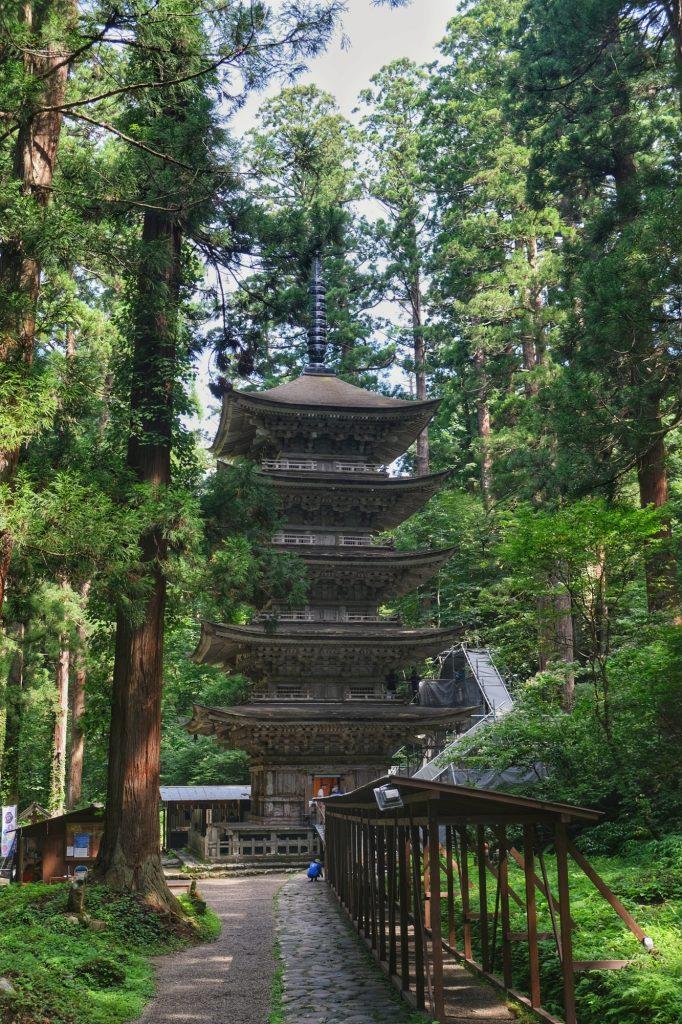 La pagode à 5 niveaux du Mont Haguro