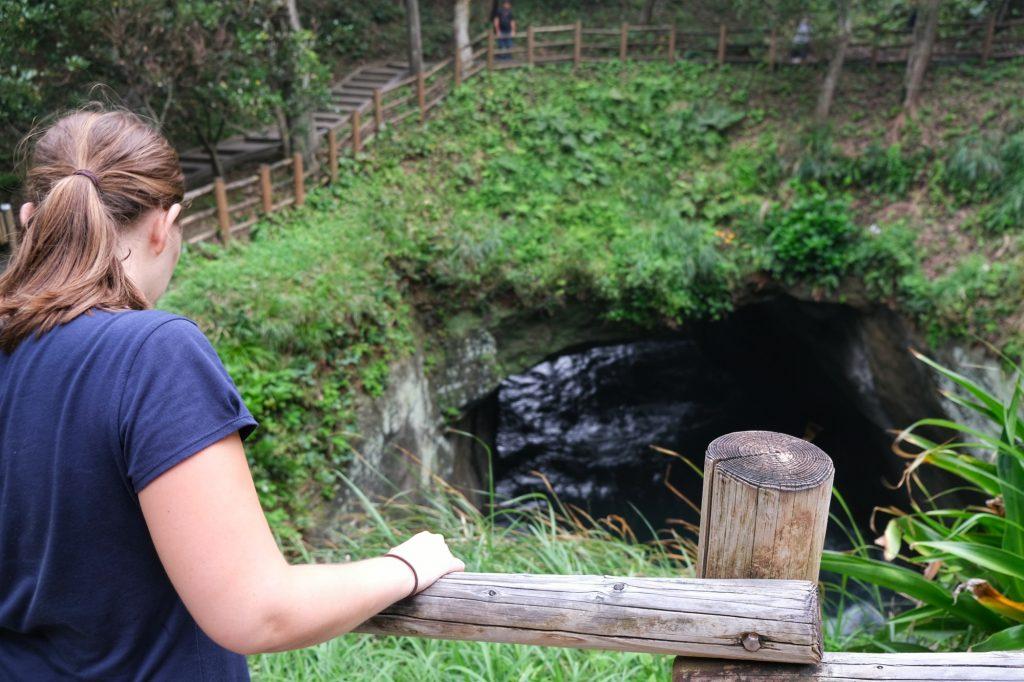La grotte de Dogashima dans la péninsule d'Izu