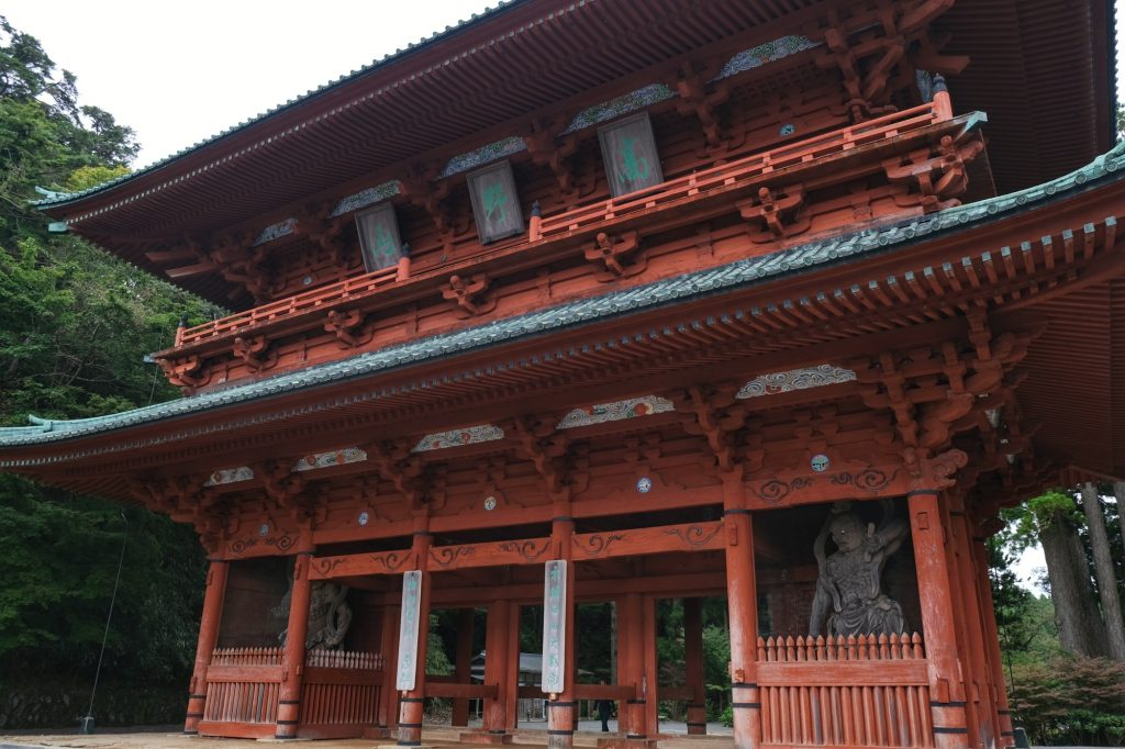 La grande porte Daimon des Monts Koya