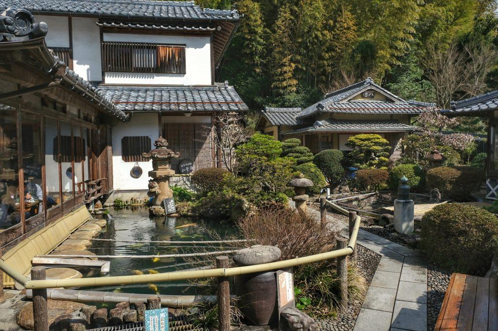 Le restaurant de sobas de Matsue et son environnement reposant