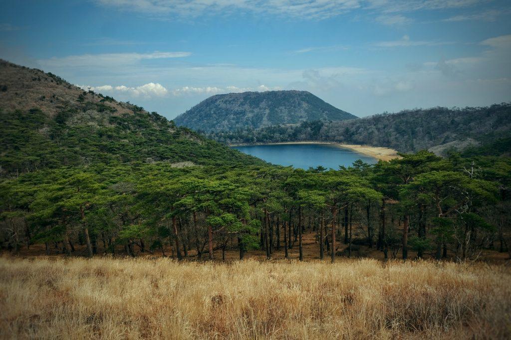 Le lac Rokkannonike et ses environs