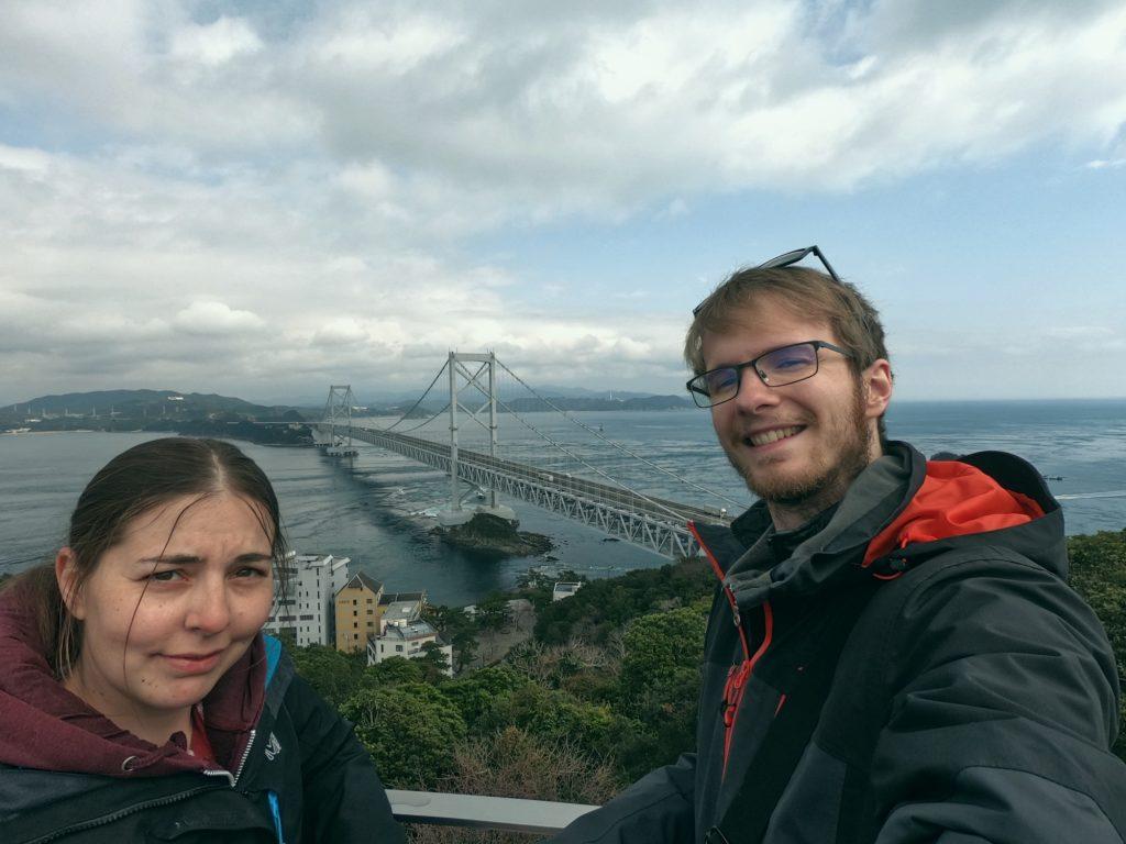 Selfie devant le pont de Naruto avant de quitter Shikoku