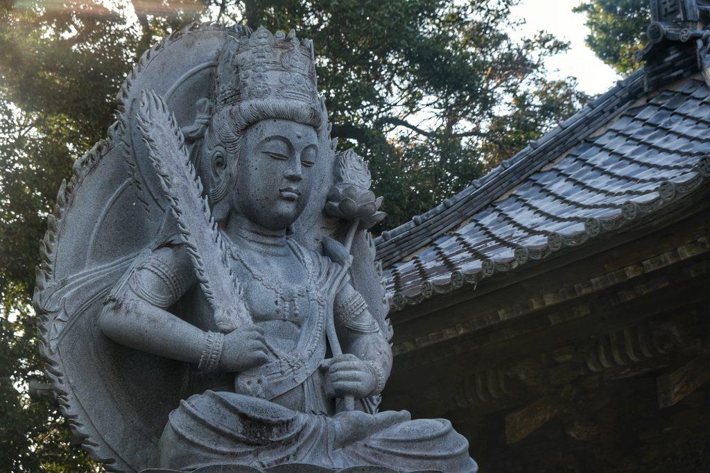 Une statue du temple Hotsumisaki-ji au cap Muroto
