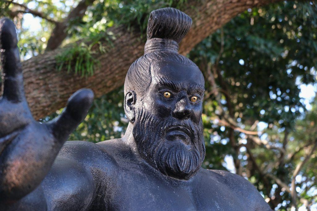 La statue de la divinité Sumiyoshi, dieu des sumos