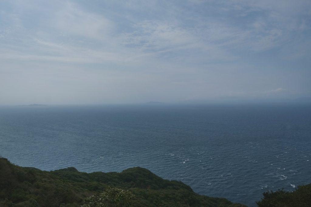 Vue de la mer depuis la randonnée du mont Shijiki